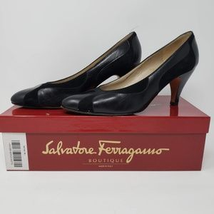 Ferragamo - Black Patent Leather Heels